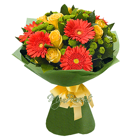 Bouquet of roses, gerberas and chrysanthemums