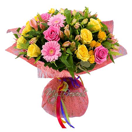 Bouquet of roses, alstroemerias, gerberas