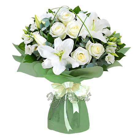 Bouquet of roses, lilies and lisianthus