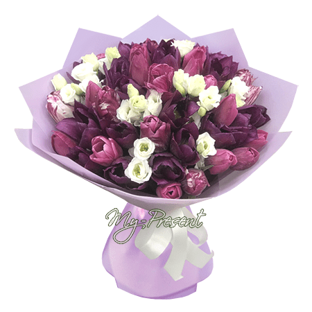 Bouquet of tulips and lisianthus